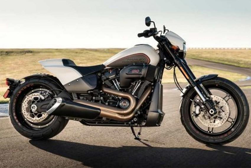 2019 Harley-Davidson FXDR 114 Breaks Cover