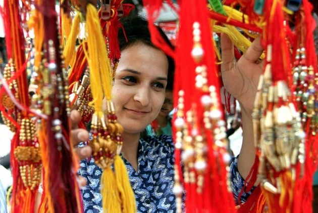 Karan Kundra And Other TV Celebs Recall Happy Memories Ahead Of Raksha Bandhan