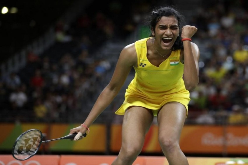 Asian Games: PV Sindhu beats Nitchaon Jindapol, enters semis