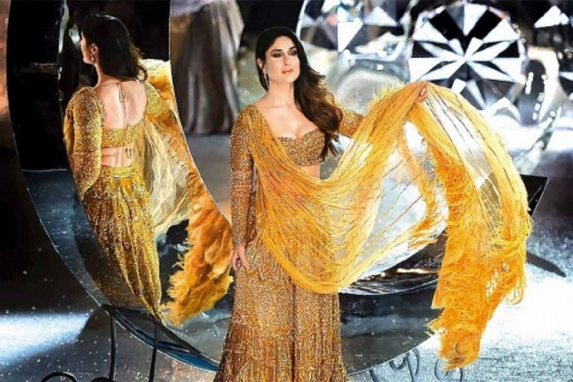 Kareena Kapoor Sets The Ramp On Fire At  Lakme Fashion Week Grand Finale