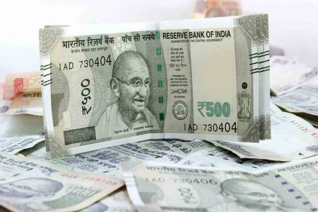Ru Hits Record Low Of 70 82 Against Us Dollar Falls By 23 Paise