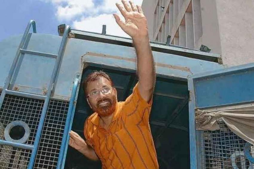 Ishrat Jahan Encounter Case: Court Rejects Discharge Pleas of DG Vanzara, Amin