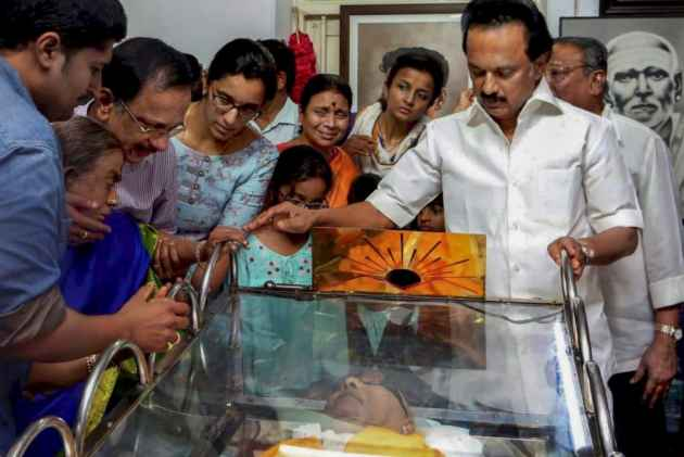 With Madras HC Verdict On Karunanidhi's Burial, Stalin Wins His First Battle For Appa
