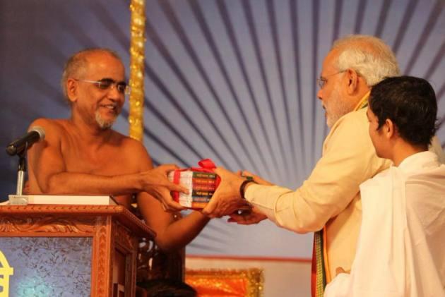 Jain Monk Tarun Sagar Dies, His Noble Teachings Will Continue Inspiring People, Says PM Modi