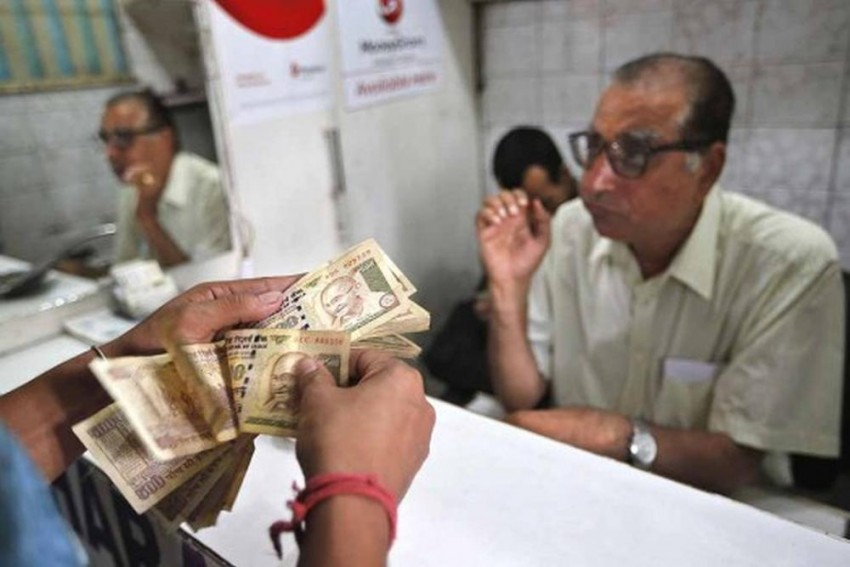Rupee Opens At Fresh Low Of 72.18 Per Dollar
