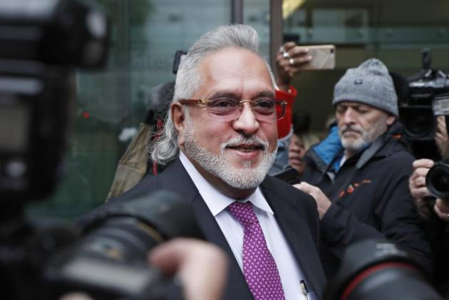 Vijay Mallya Claims Met Finance Minister Before Leaving India, Jaitley Says 'Factually False'