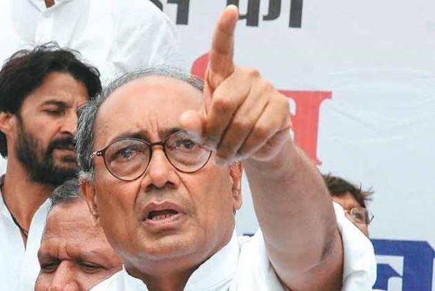Vyapam Scam: Digvijay Moves Court Against Shivraj, Uma Bharti
