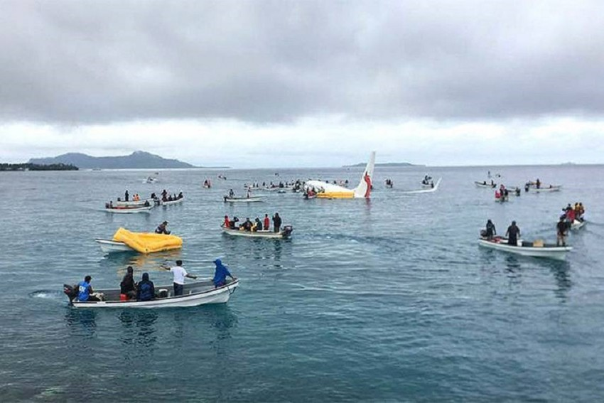 1 Missing After Pacific Lagoon Plane Crash, Says Airline