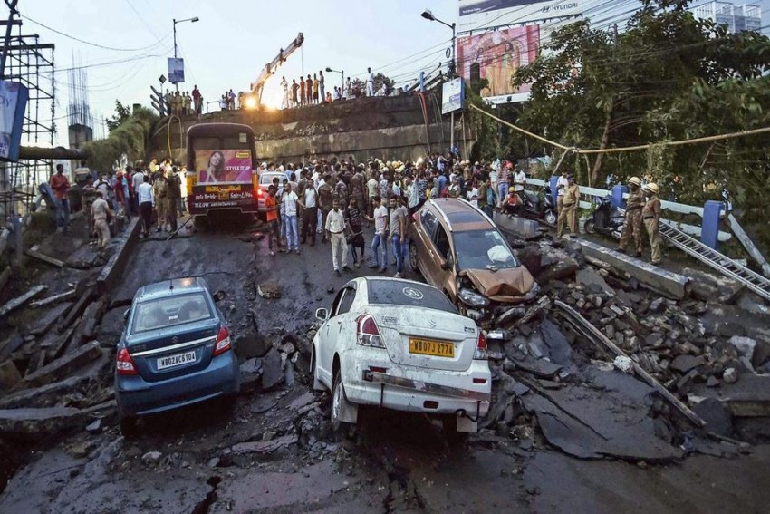 Majerhat Bridge Collapse In Kolkata: Search Operations Continue For Survivors