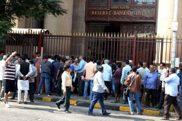 RBI Slaps Rs 1 Crore Penalty On 3 Banks
