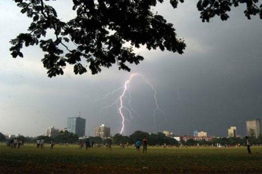 Centre To Launch A Forecast System For Predicting Thunderstorm And Lightening By April