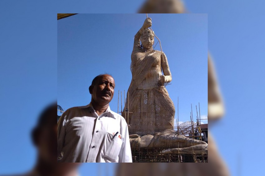 Assamese Artist Nuruddin Ahmed Gets Into Limca Book Of Records For Tallest Durga Idol