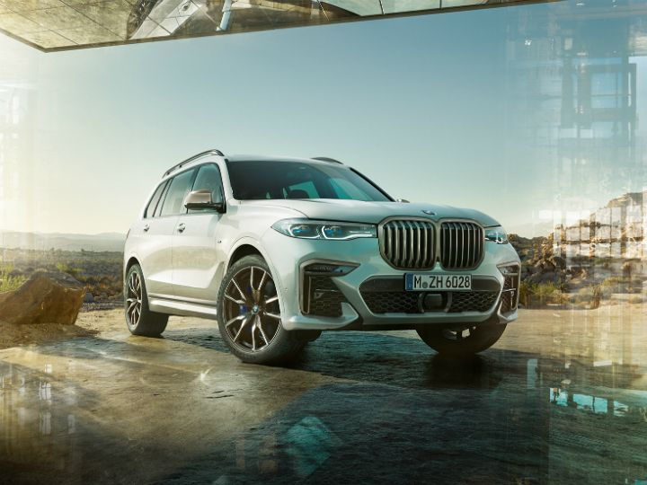 India-bound BMW X7's Features Previewed