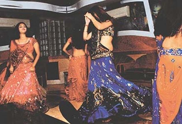 Maharashtra Govt Planning To Bring Ordinance Against Dance Bars