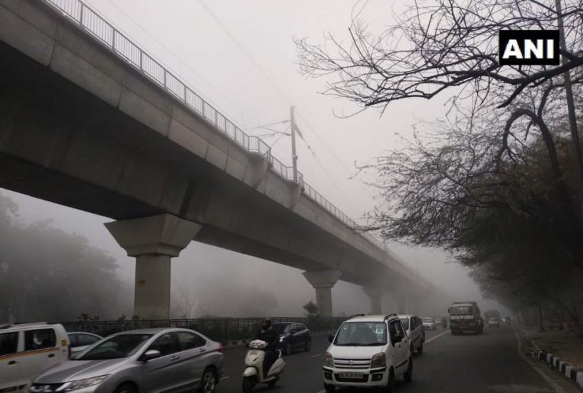 Dense Fog Engulfs Delhi, Poor Visibility Disrupts Flight Operations