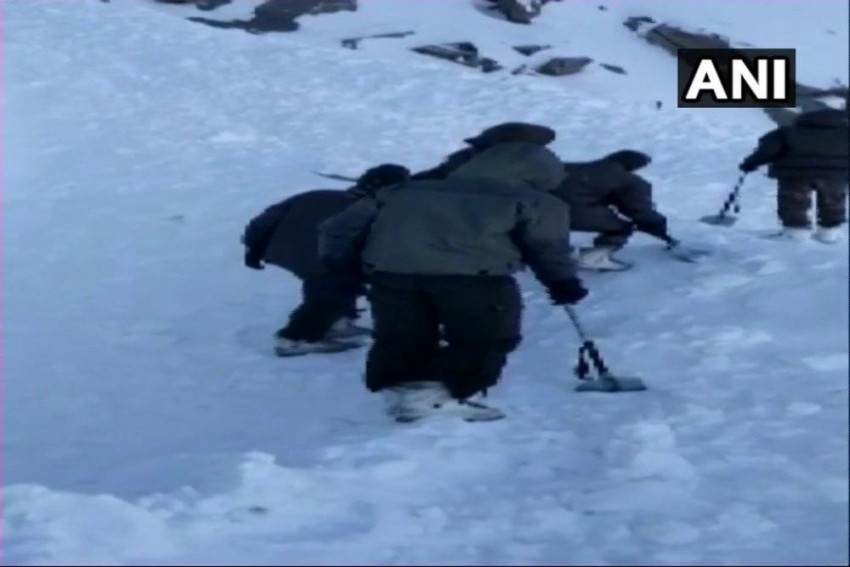 Rescue Teams Recover 7 Out Of 10 Bodies Buried Under Avalanche In Ladakh