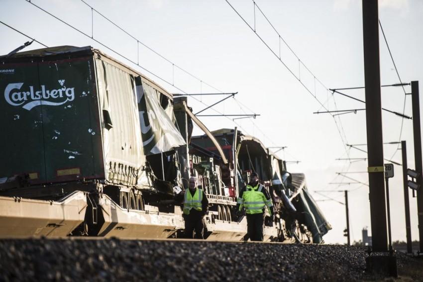 Denmark: 6 Killed In Train Accident On Great Belt Bridge