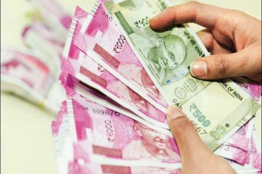 39% Increase In Wealth Of India's Top 1% Rich; 3% For Bottom-Half Of Population: Oxfam Study