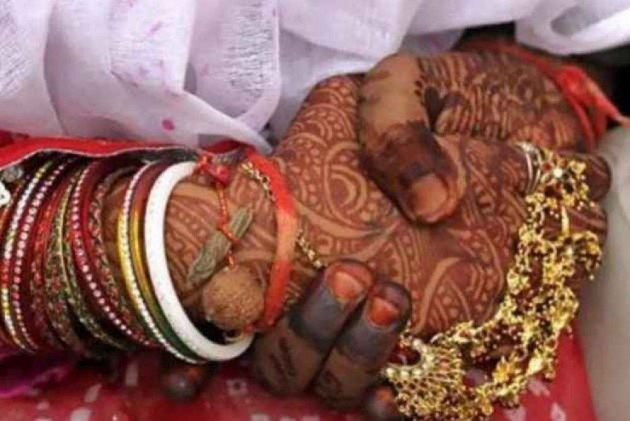 Marriage Between Hindu Woman And Muslim Man Irregular, But Child