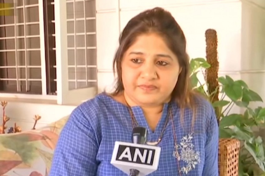 Born Muslim, But Proud Indian First: Karnataka Congress Chief's Wife On Hegde's 'Muslim Lady' Remark