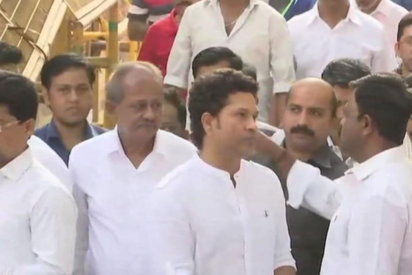 Tearful Sachin Tendulkar Attends Last Rites Of Cricket Coach Ramakant Achrekar