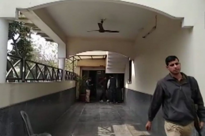 ED Conducts Raids In Rs 1400 Cr UP Memorial Scam During Mayawati's Tenure