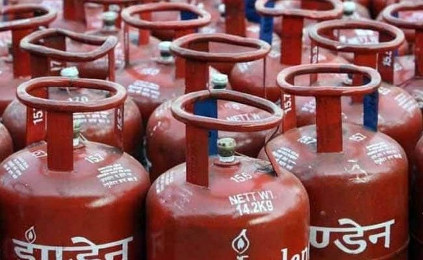 Subsidised LPG Price Cut By Rs 1.46; Non-Subsidised Rate Reduced By Rs 30 A Cylinder