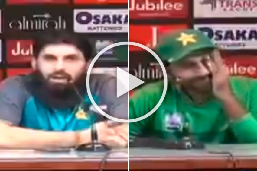 Misbah Ul-Haq's Sarcastic Take On The Plight Of Pakistan Cricket Is One For The Ages, And Don't Miss Sarfaraz Ahmed's Expression - WATCH