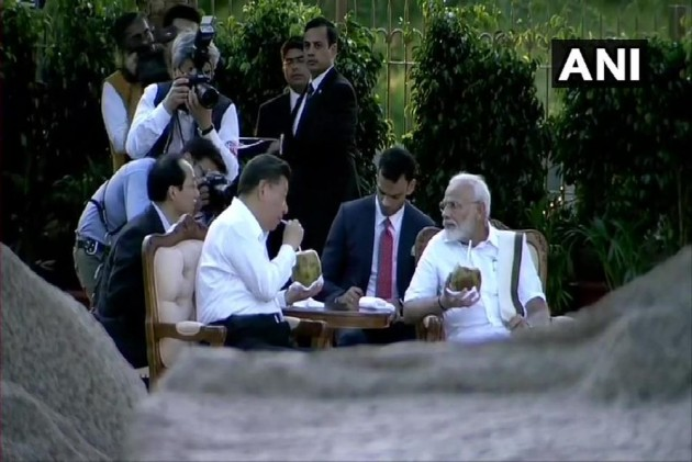PM Modi Plays The Warm Tamil Host To Chinese President Xi Jinping