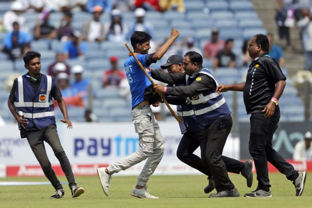 IND Vs SA, 2nd Test: Crazy Scenes In Pune As Pitch Invader Tries To Kiss Rohit Sharma's Feet - In Pics