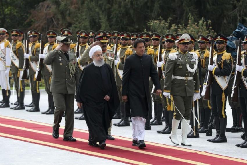 Pakistan PM Imran Khan To Discuss Kashmir With Ayatollah Khamenei, Hassan Rouhani In Iran