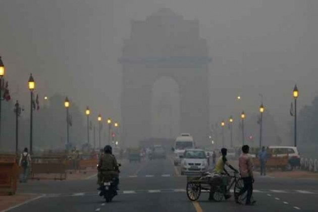Delhi's Air Quality 'Poor' For 4th Consecutive Day After Stubble Burning In Neighbouring States
