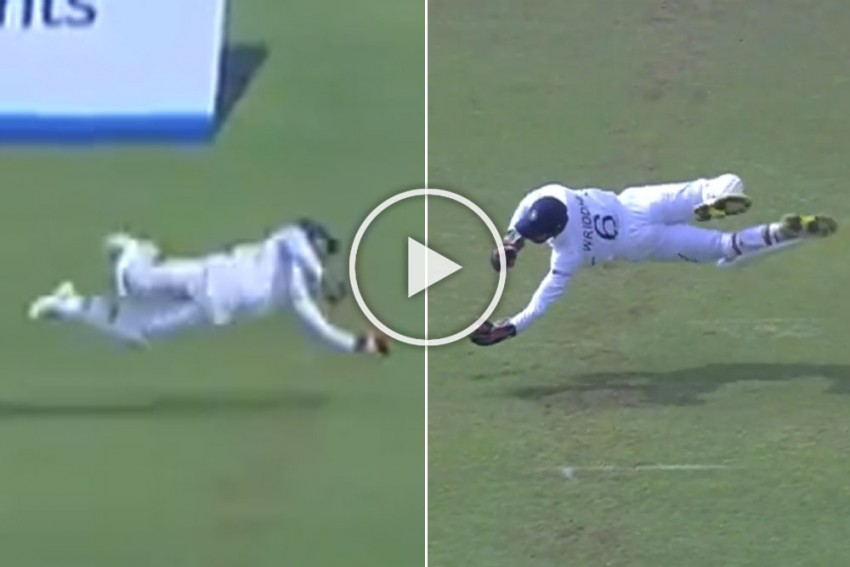 IND Vs SA, 2nd Test: Unbelievable Catch! Flying Wriddhiman Saha Proves Why He Is World's Best Wicketkeeper Right Now - WATCH