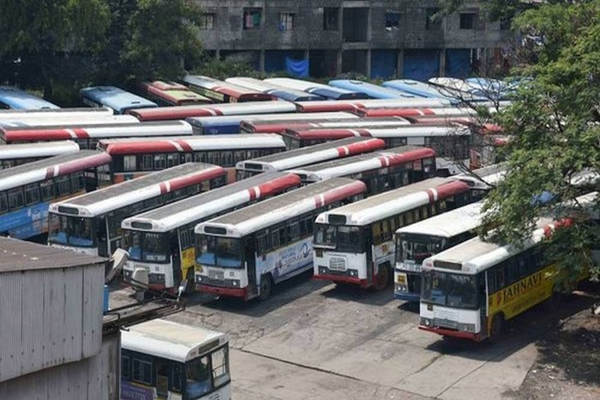 Telangana RTC Strike Enters 10th Day, Bus Conductor Commits Suicide