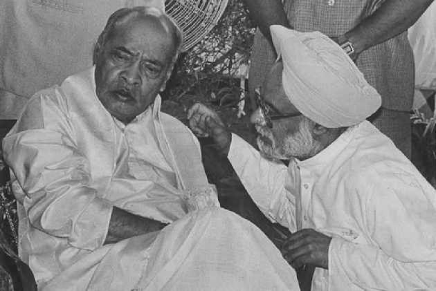 BJP Should Embrace Narsimha Rao-Manmohan Singh Economic Model: Sitharaman's Husband