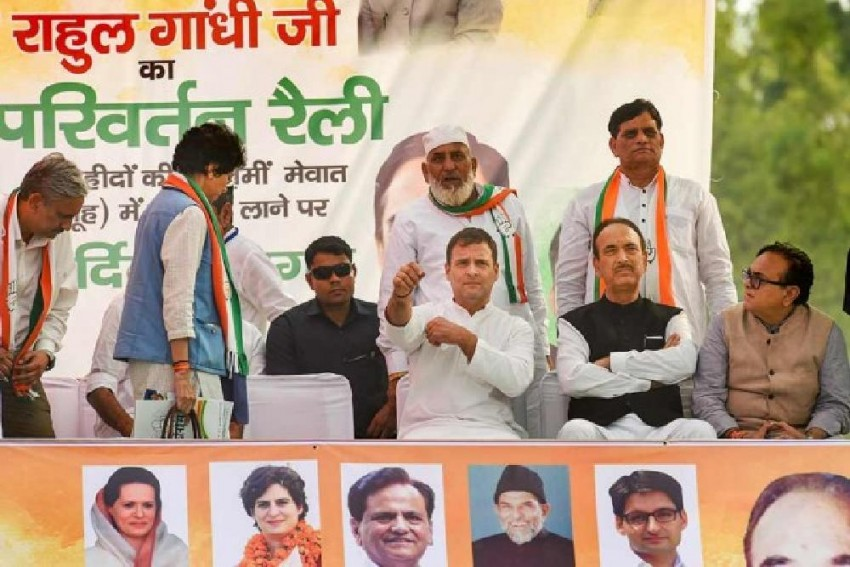 'Modi Loudspeaker Of Rich': Rahul Gandhi Accuses PM Of Stealing Money From Poor