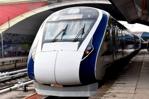 Vande Bharat Express Goes Without AC, Lights For An Hour In Allahabad, Passengers Stranded