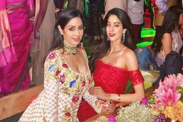 Janhvi Kapoor Reveals Mommy Sridevi's Special Advice For Her Before She Entered Bollywood