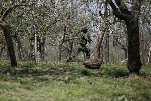 Punjab-Based Apple Trader Killed In Militant Attack In J&K's Shopian
