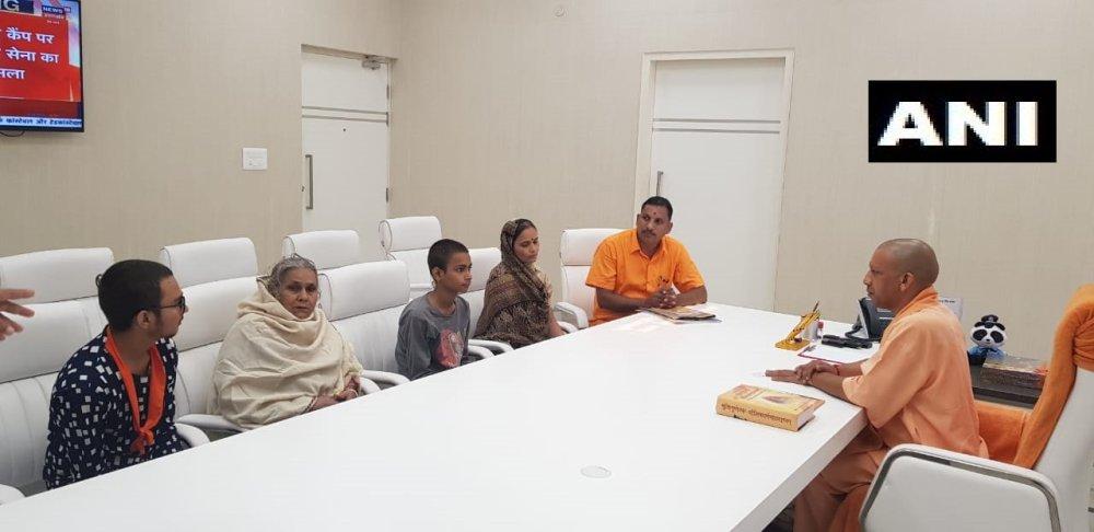 Kamlesh Tiwari Murder: Family Meets CM Yogi Adityanath, Demands Capital Punishment For Murderers