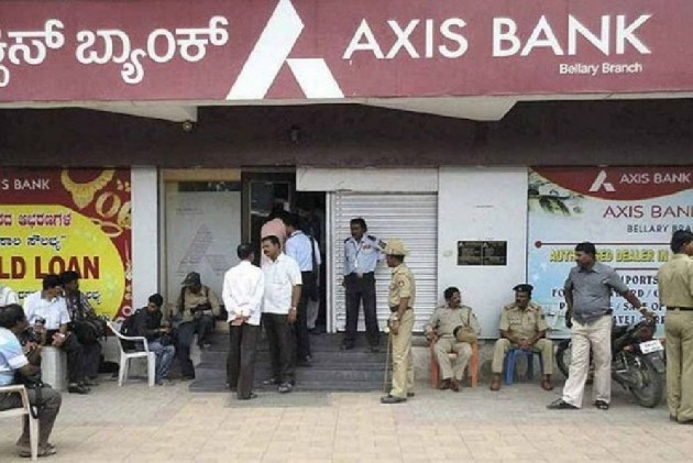 Axis Bank Reports Standalone Net Loss Of Rs 112 Cr In Q2 Against Rs 789 Cr Profit Last Year