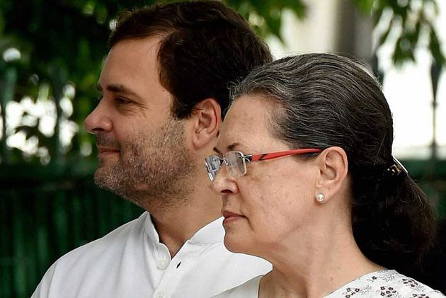 The 'High Command' Culture Destroying Congress, Can Sonia Gandhi Really Become A Success Story?