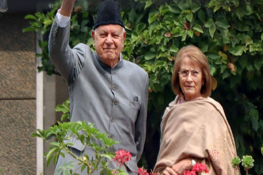 Booked Under PSA, Farooq Abdullah Receives Birthday Wishes From PM Modi