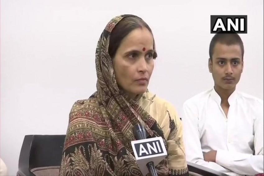 Kamlesh Tiwari's Wife Kiran To Take Charge As Hindu Samaj Party Chief