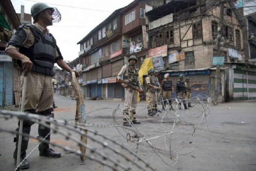 Five Non-Local Labourers Killed, 1 Injured In Firing By Militants In Kashmir's Kulgam