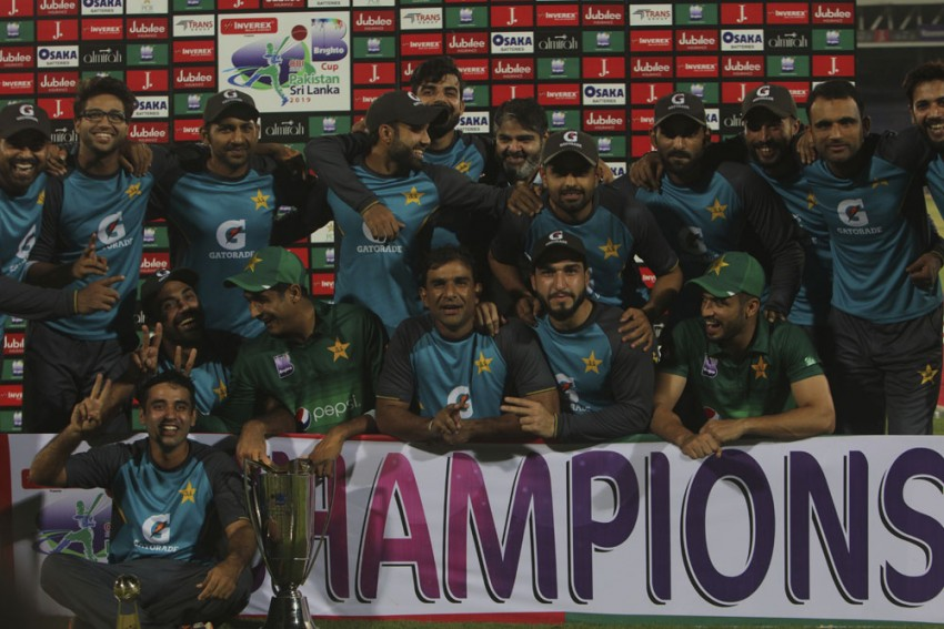 PAK Vs SL, 3rd ODI: Danushka Gunathilaka Ton In Vain As Pakistan Seal 2-0 Series Win