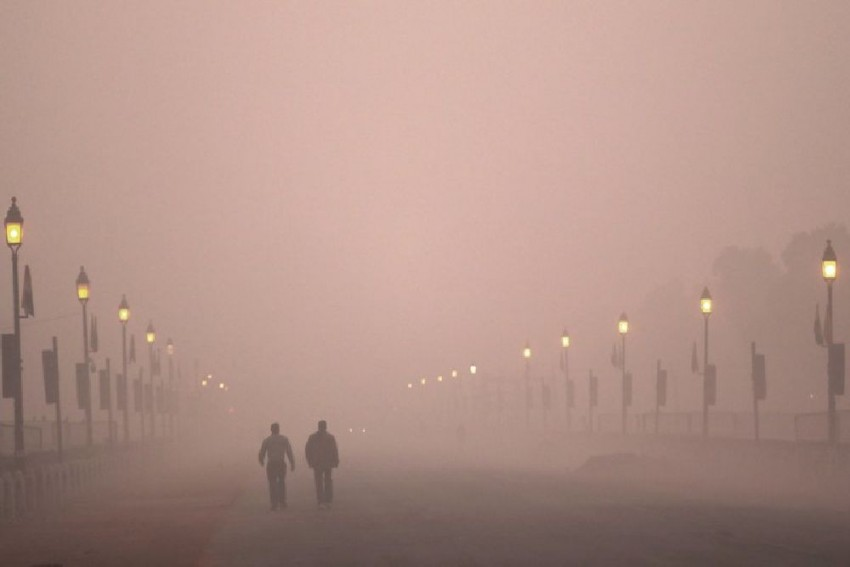 Delhi Chokes In Toxic Haze As Air Quality Continues To Be Severe