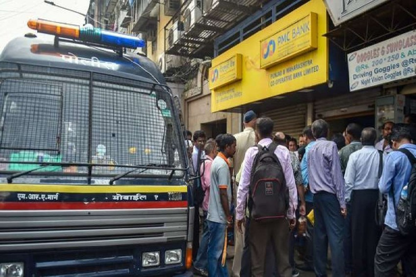ED Raids 6 Locations In Mumbai In PMC Bank Money-Laundering Case