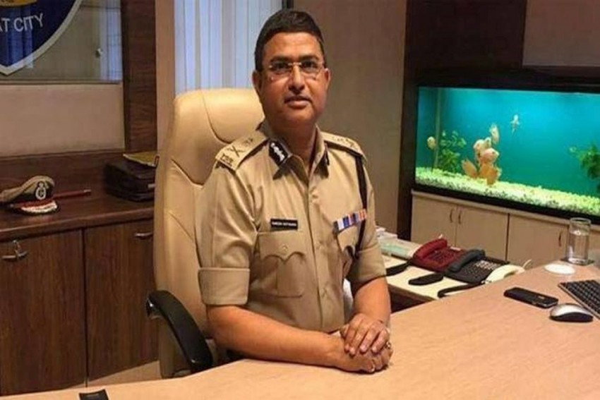 Delhi HC Grants Two More Months To CBI To Complete Probe In Asthana Bribery Case