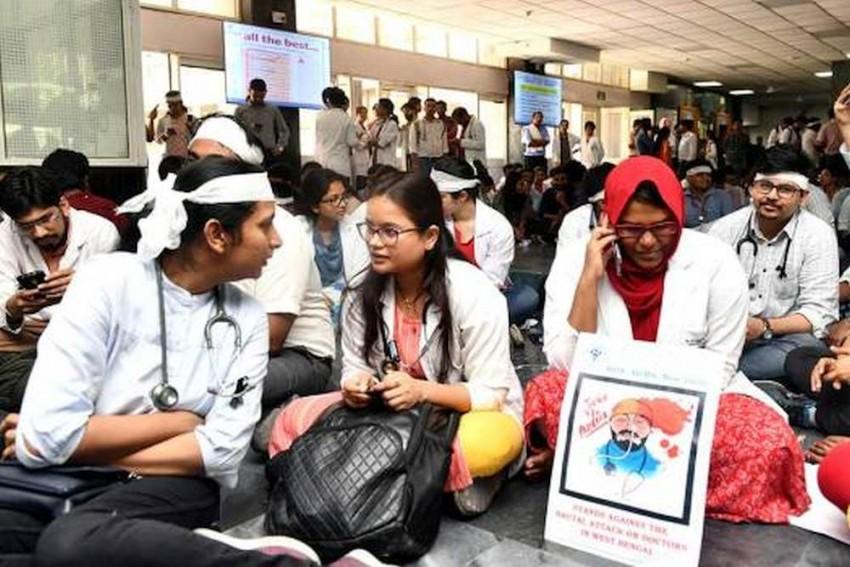 Doctors Call Off Strike In Tamil Nadu, Govt Agrees To Consider Demands